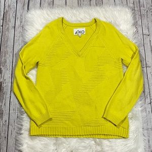 AIKO Patterned Chartreuse Sweater sz M